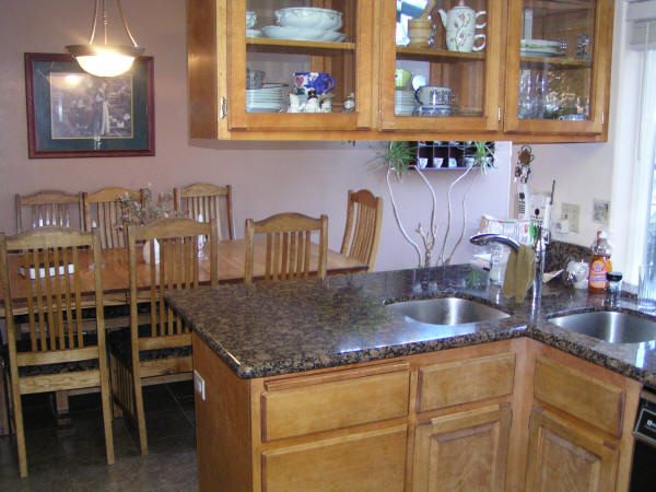 Kitchen and dining room of house for sale in southern oregon